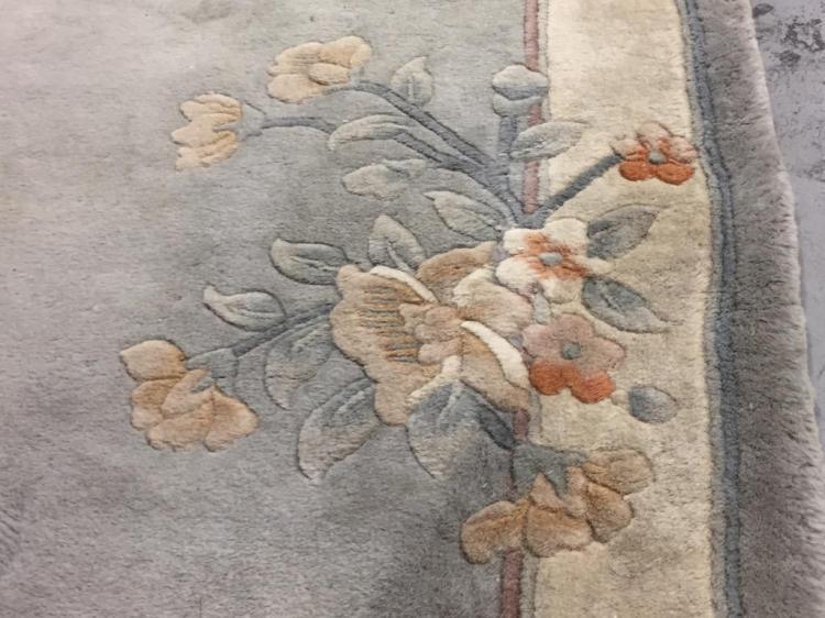 Asian Style Sculpted Wool Floral Area Rug