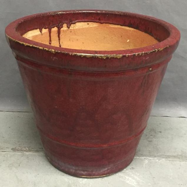 Large garden pot w/deep red glaze