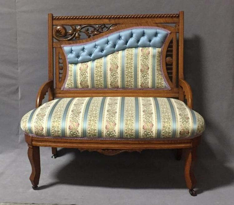 Antique Victorian era oak visiting seat w/embroidered silk seat & back