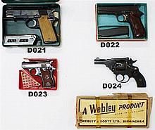 D24 - .32 Webley Mk IV Revolver - Boxed