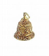 An 18kt gold pendant