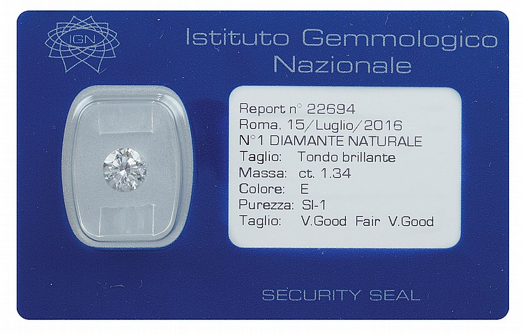 A 1,34 ct brilliant-cut diamond in blister
