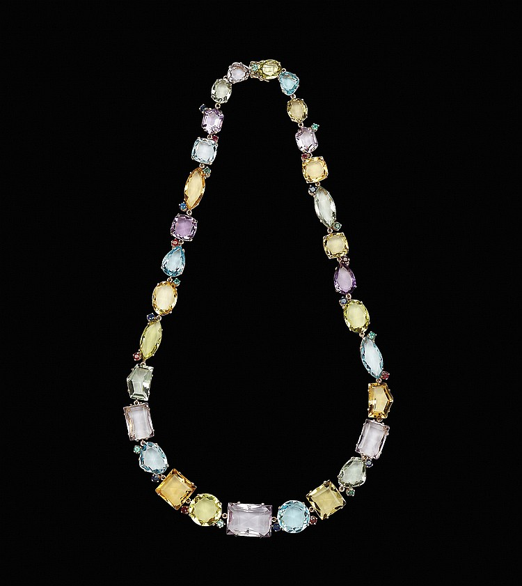 An 18kt pink gold collier with 30 natural stones