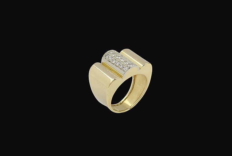 An 18kt gold and diamond ring