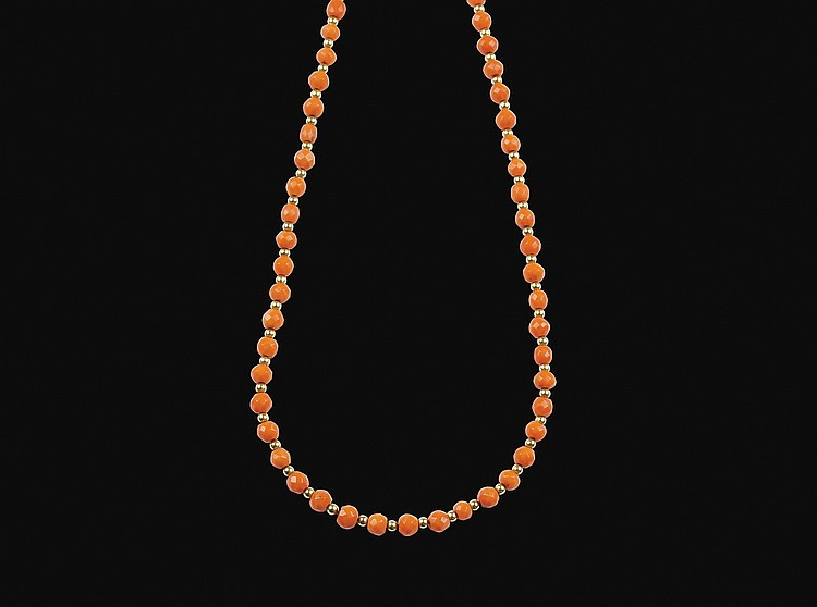 A mediterranean coral necklace