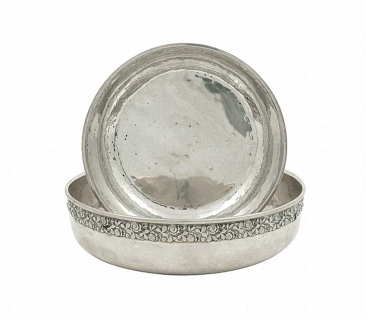 A pair of Brandimarte silver bowls