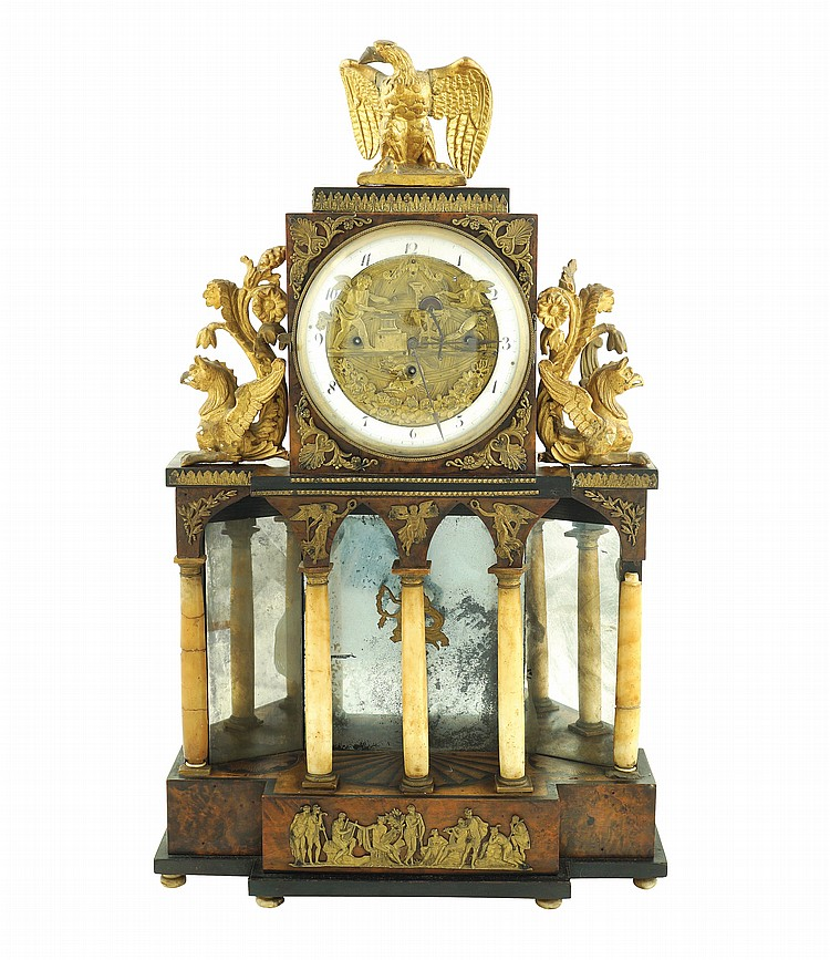 A French tuja-root table pendulum clock