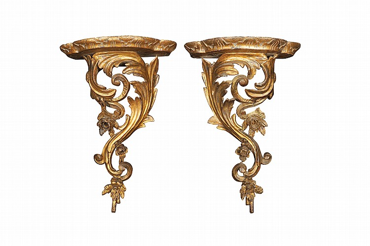 A pair of Italian gilt wood wall brackets