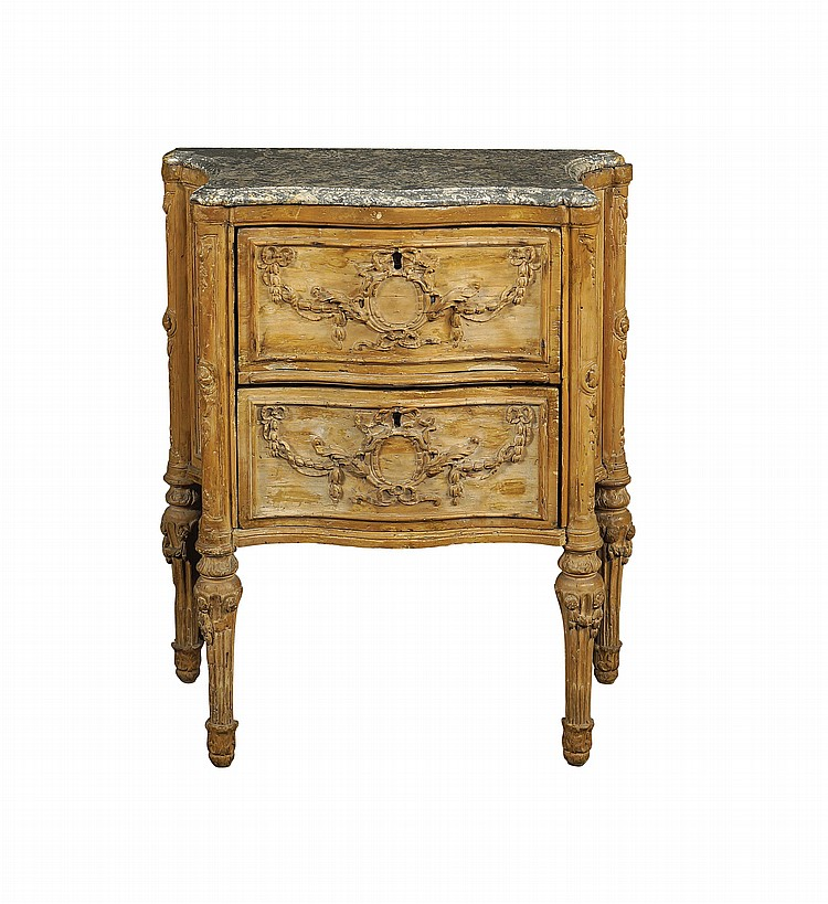 An Italian poplar commode