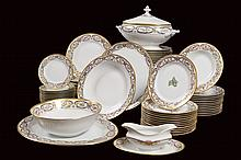 A Cartier, Limoges, La maison du Prince, porcelain dish service (66)
