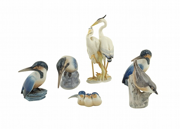 A set of polychrome porcelain animals (6)