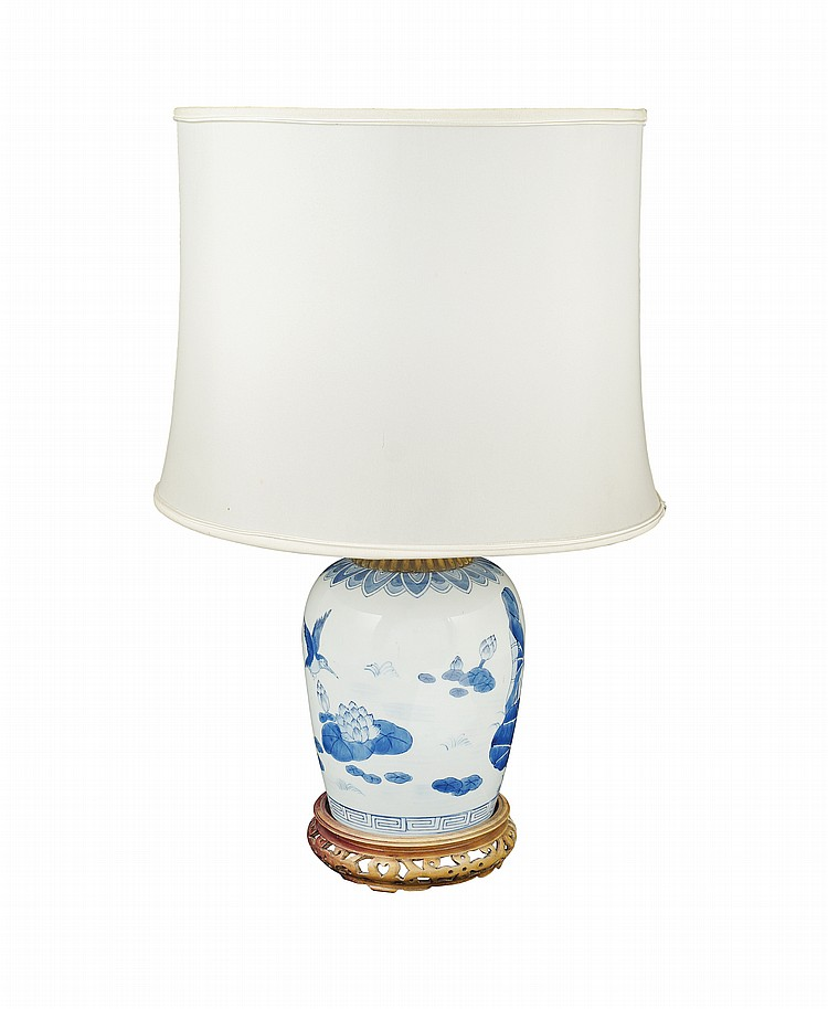 A porcelain table lamp