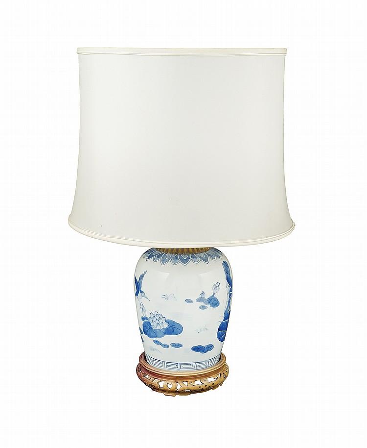 A porcelain table lamp