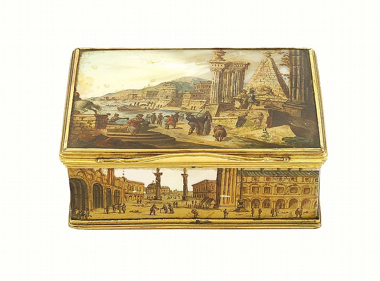 An Italian gold and mother of pearl snuff box