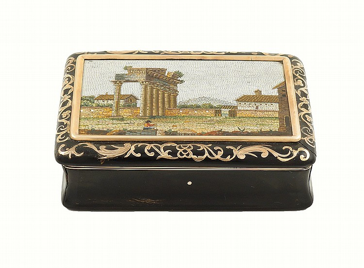 A gold rectangular snuff box with micromosaic