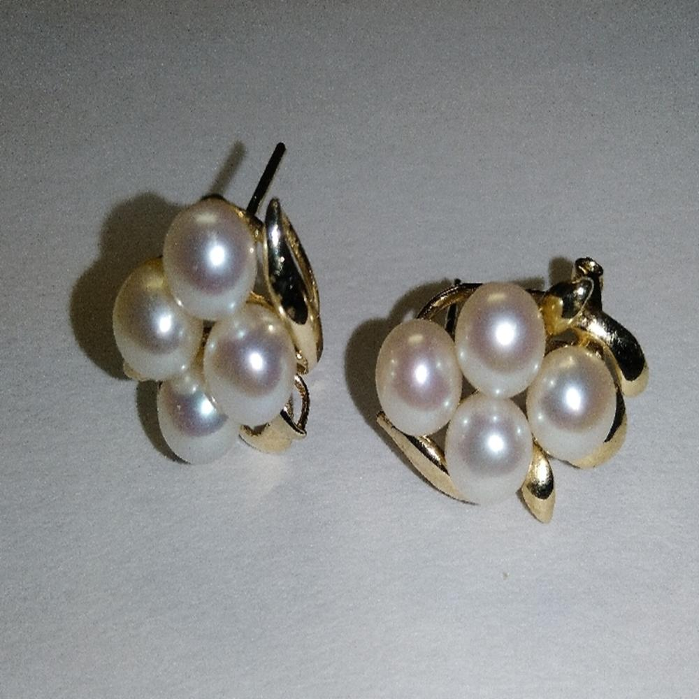 14 Karat Yellow Gold and Pearl Cluster Earrings