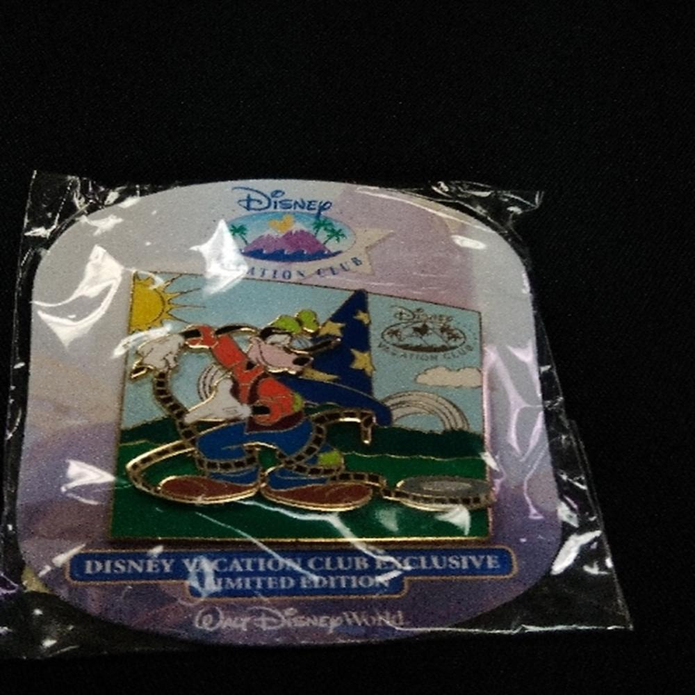 WDW 2006 Vacation Club Goofy Exclusive Pin