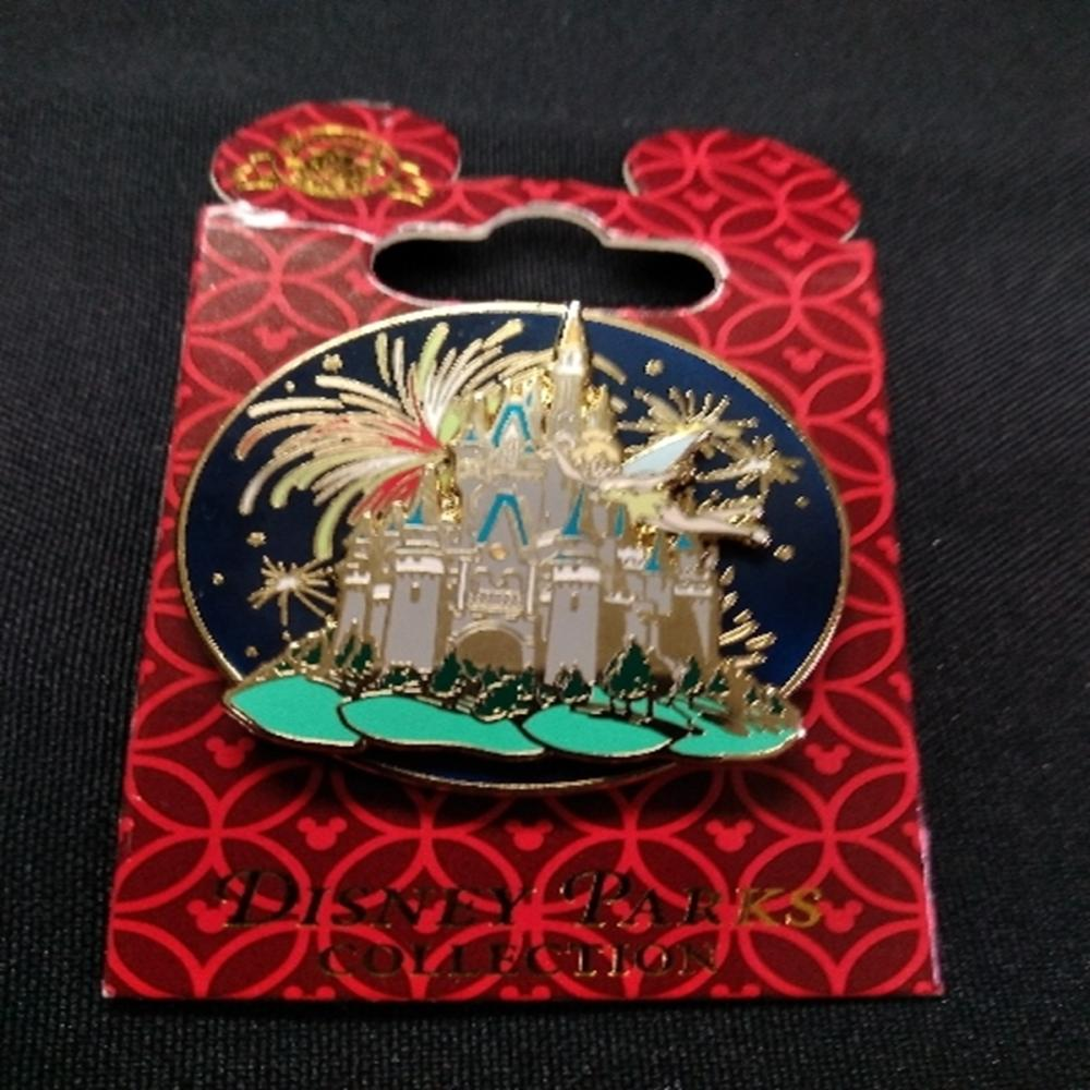 Disney Parks Collection Magic Kingdom 3D Spinner