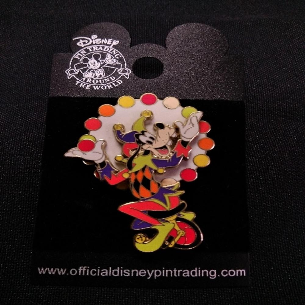 WDW Boardwalk Resort Jester Goofy Juggling Pin