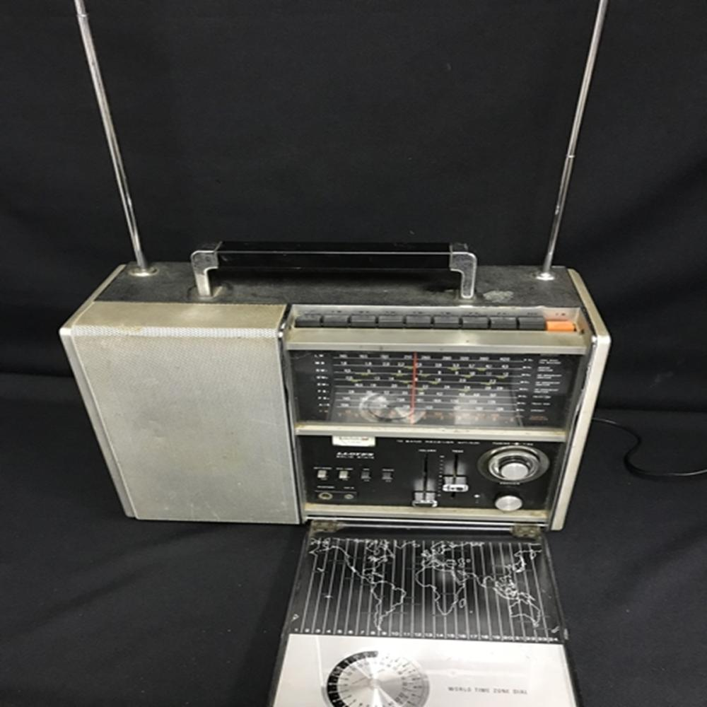 1950's Lloyd's Model 9N24B-37A 10 Band Receiver