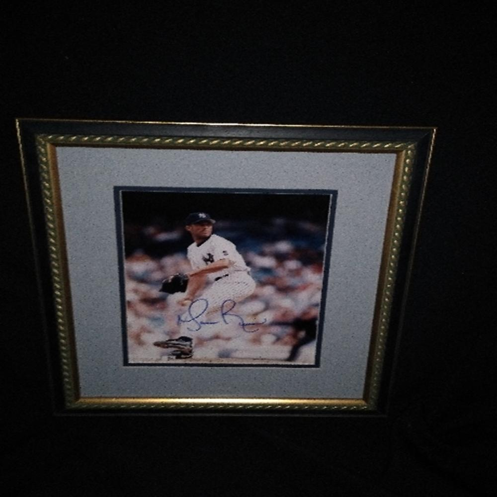 Signed/Framed NY Yankees Mariano Rivera Photo