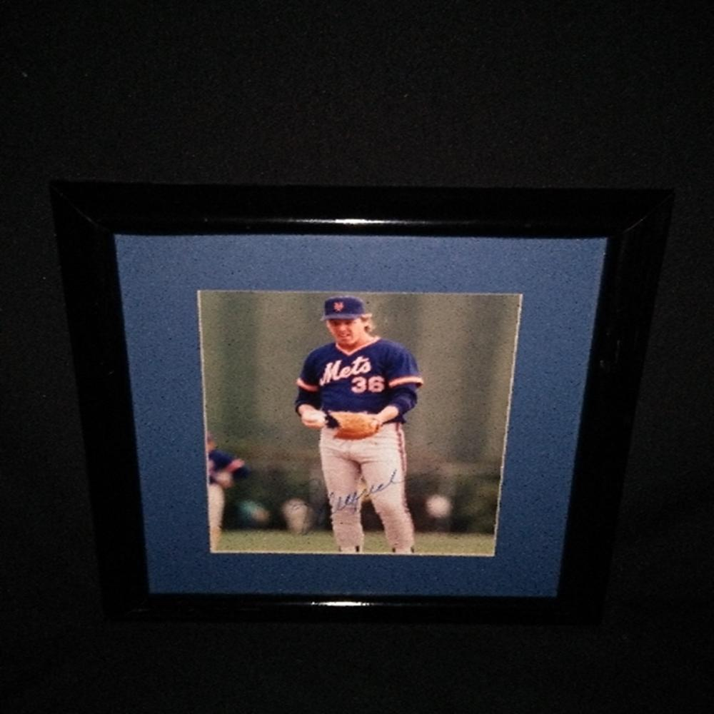 Signed/Framed NY Mets Ed Lynch Photograph