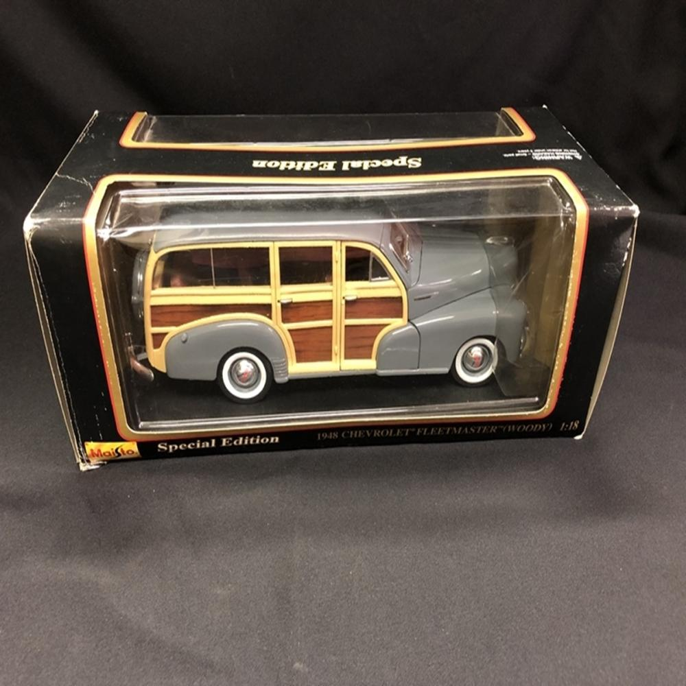 Maisto SE 1948 Chevrolet Fleetmaster Woody Model