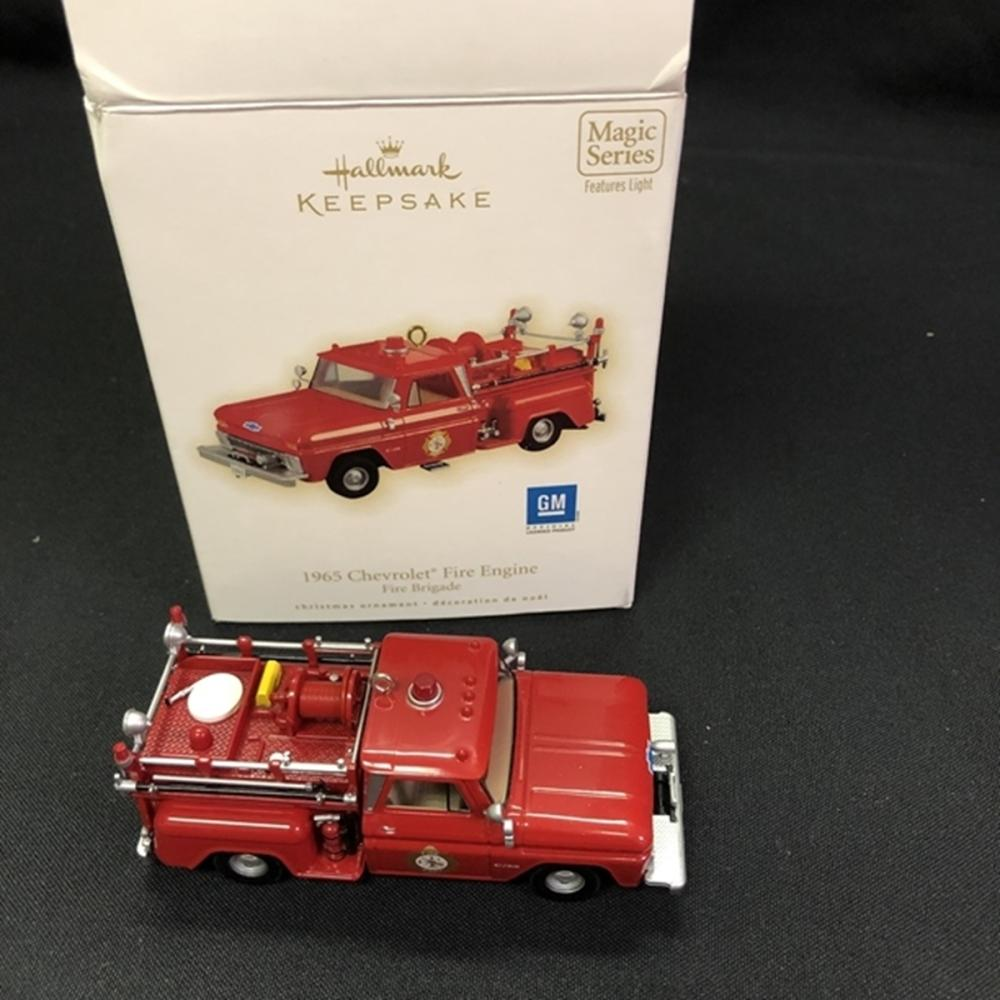 2009 Hallmark Keepsake 1965 Chevy Fire Engine 7th