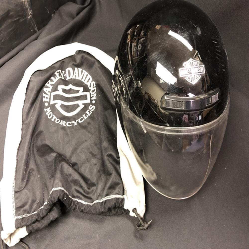 Harley Davidson Helmet Size XL with Cloth HD Bag