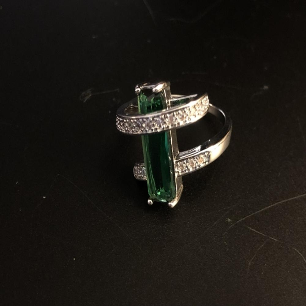 Emerald Quartz and Sterling Silver Ring