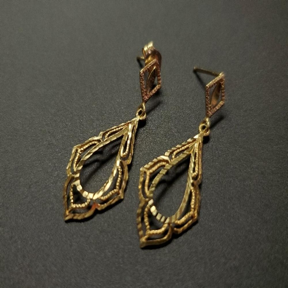 14 Karat Yellow Gold Dangle Earrings