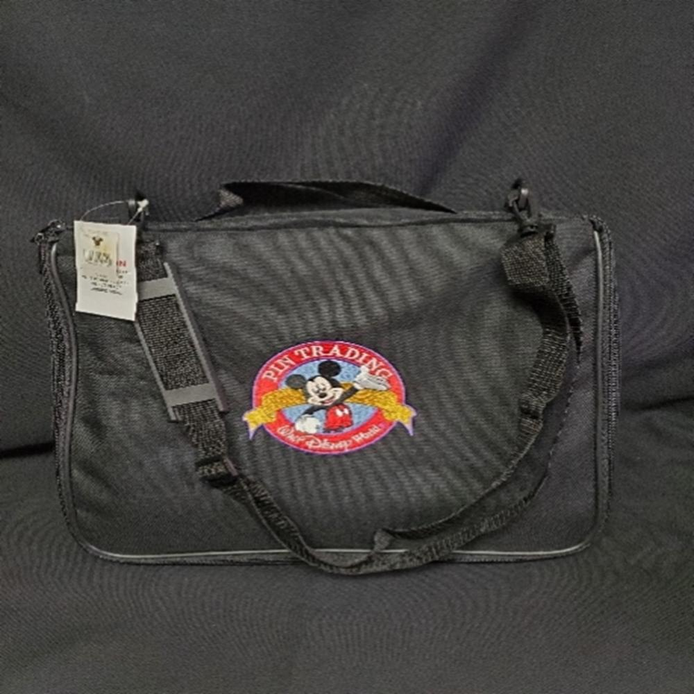 Vintage WDW World Pin Trading Bag Case With Tags
