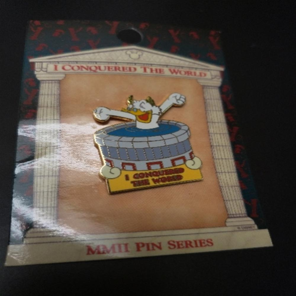 WDW - I Conquered The World Pin Pursuit (Scrooge)