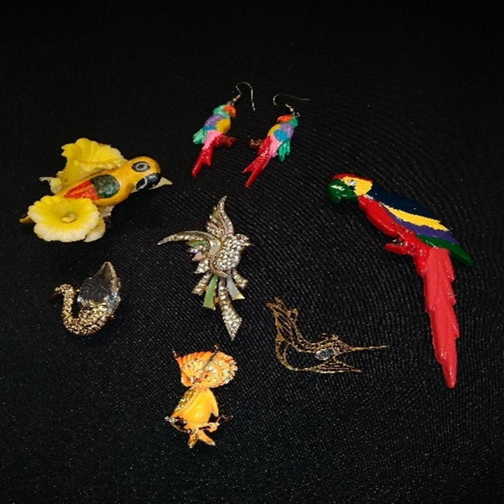 Assorted Birds Brooch Lot