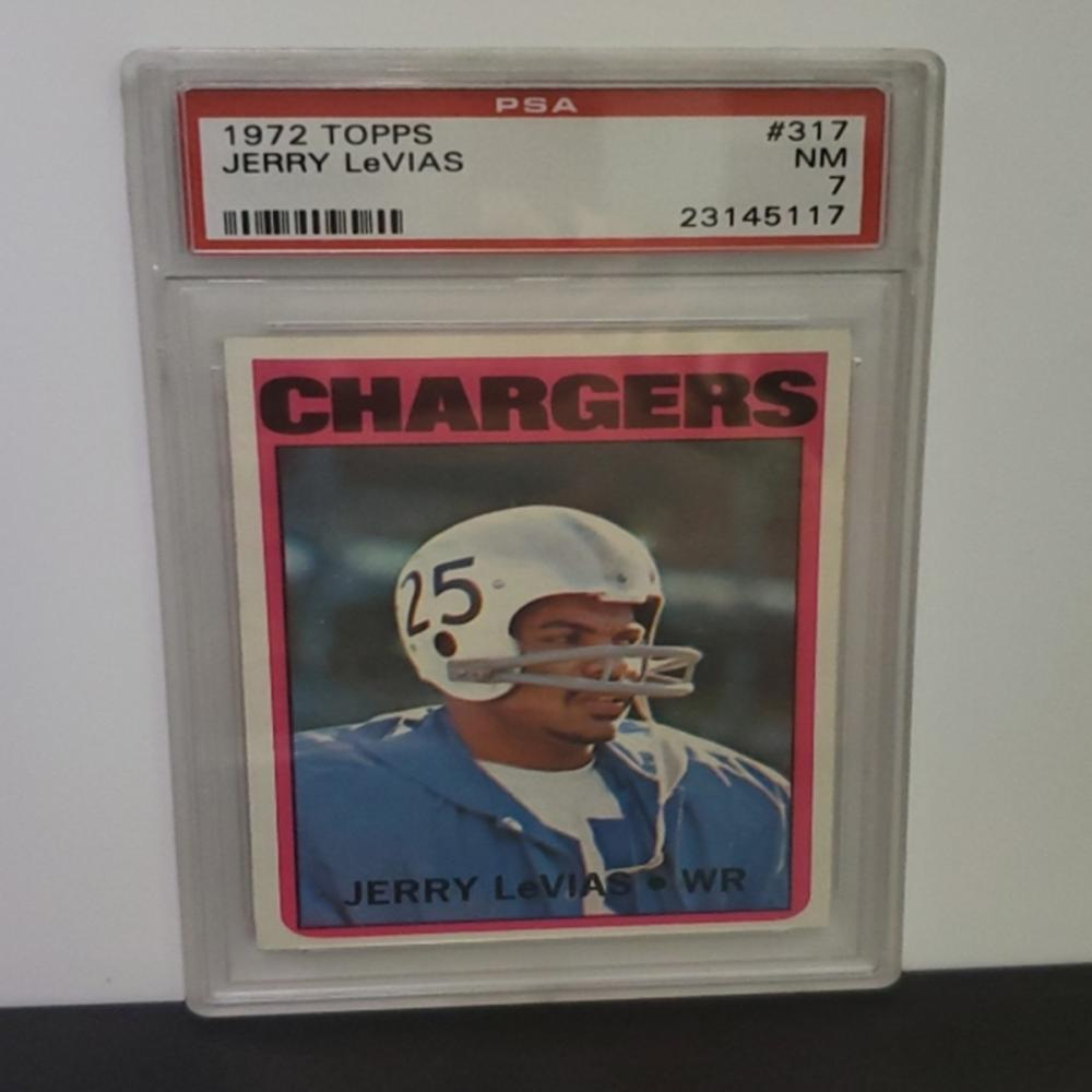 Lot 25: 1972 Topps Jerry LeVias #317 PSA Graded NM 7