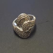 Lot 68: Ladies Sterling and Spinel Ring