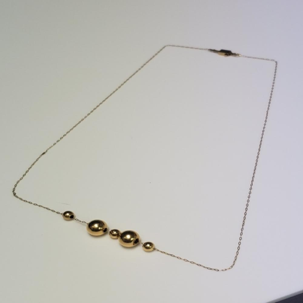 14 Karat Yellow Gold Beaded Necklace