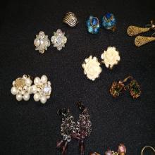 Lot 108: Vintage Clip On Earring Lot