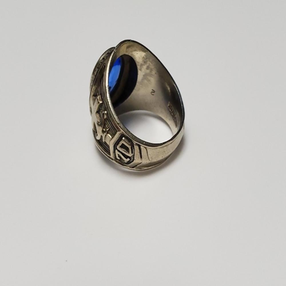 Lot 154: 10 K Blue Aqua Miami Christian School Class Ring