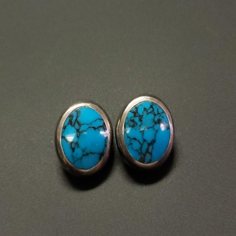 Lot 181: Turquoise and Brittania Silver Taxco Clip Earrings