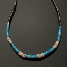 Lot 193: Vintage Turquoise, Puka, Onyx, and Lapis Necklace