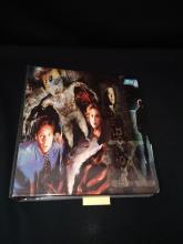 1995-1996 TOPPS X-FILES Trading Cards.