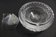 STEUBEN CONTEMPORARY GLASS PAPERWEIGHT. With