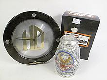A HARLEY DAVIDSON BATTERY OPERATED CLOCK ALONG WITH A COLLECTORS STEIN. 9