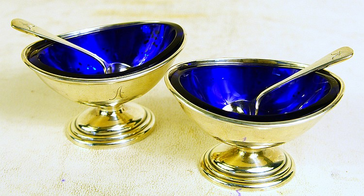 PAIR OF GORHAM STERLING SILVER FOOTED SALTS. With