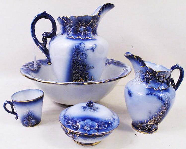 seven piece la belle flow blue china chamber set. Black Bedroom Furniture Sets. Home Design Ideas