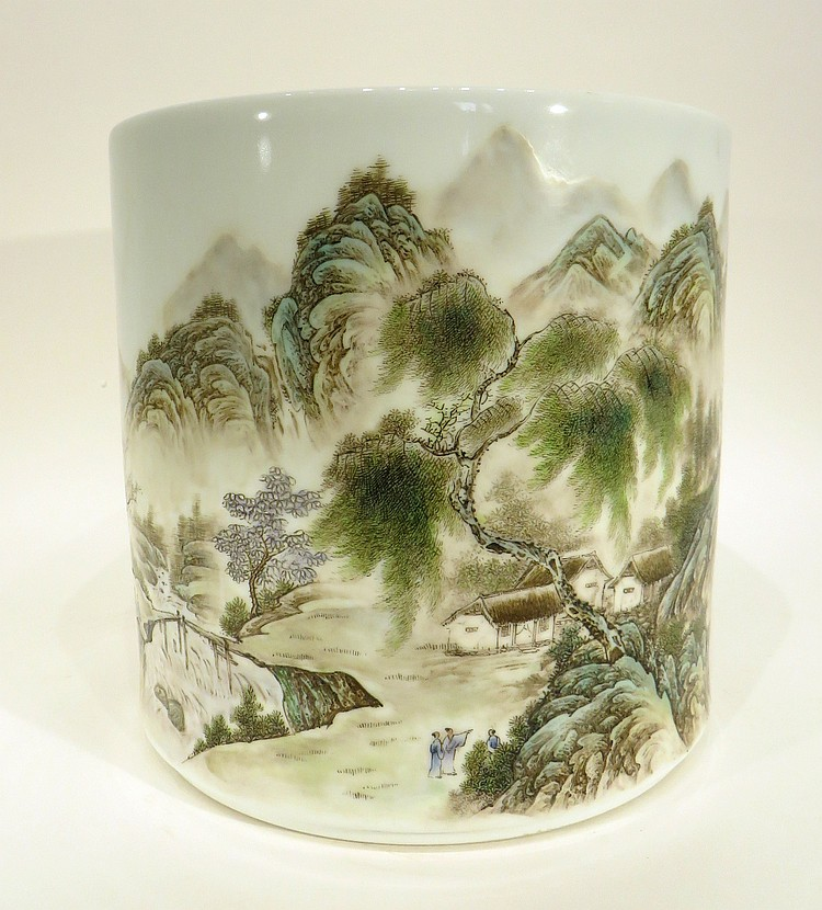 CHINESE REPUBLIC PERIOD PORCELAIN BRUSH POT