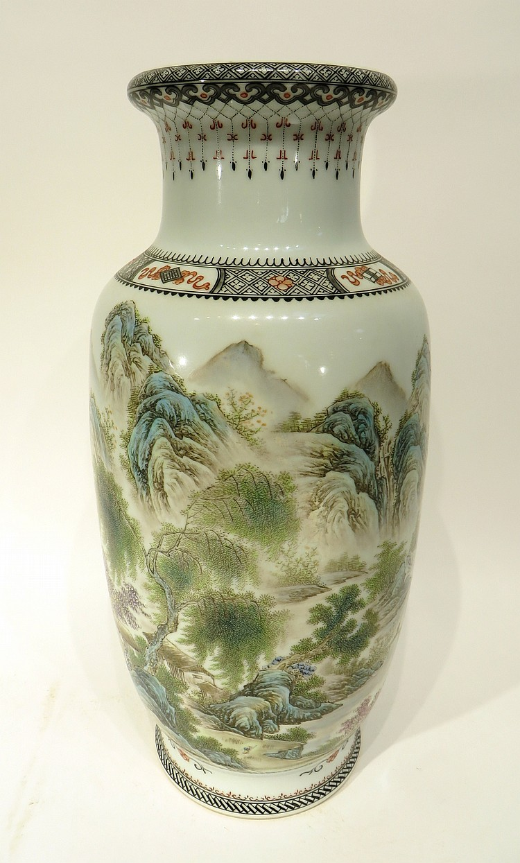 CHINESE 20TH CENTURY MOUNTAIN VIEW VASE
