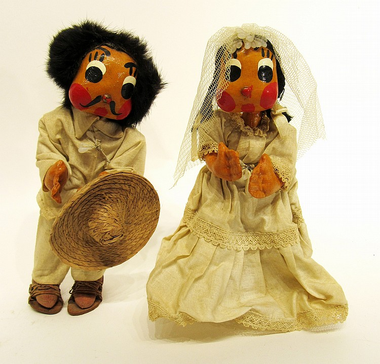 UNUSUAL MEXICAN BRIDE AND GROOM DOLLS