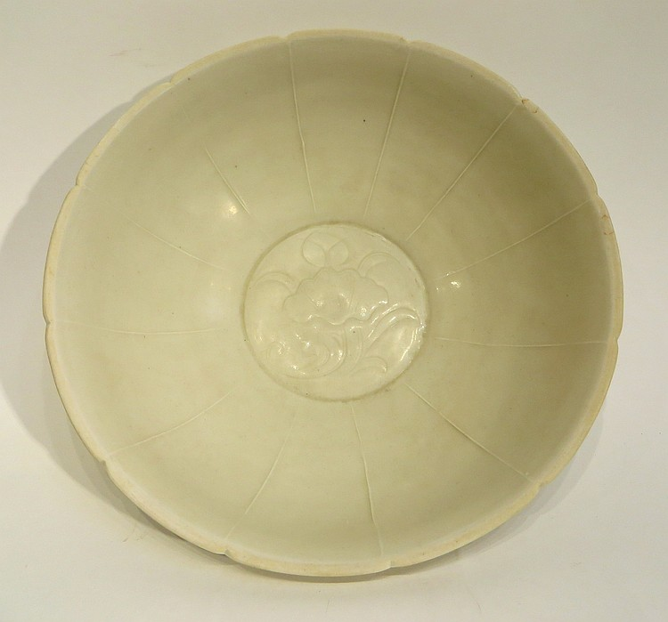 CHINESE DING WARE TYPE BOWL
